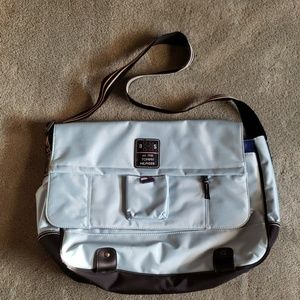 EUC Tommy Hilfiger aqua blue messenger bag
